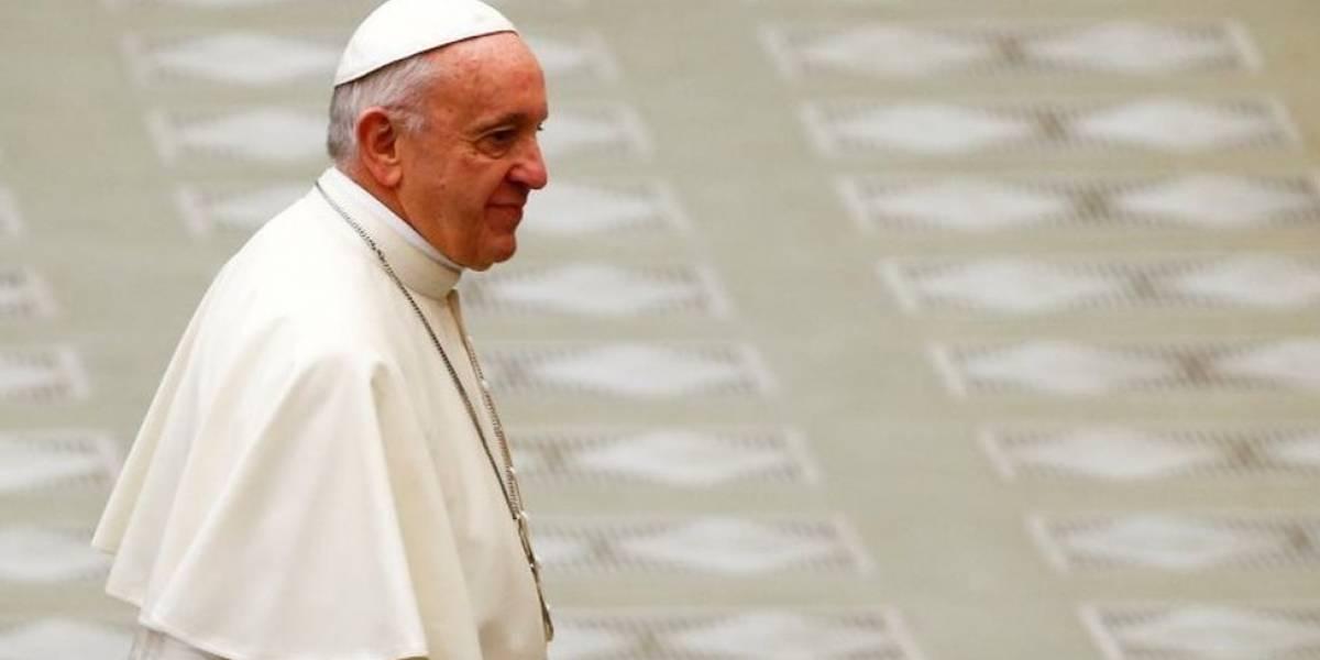 Papa pede união mundial para acordo sobre crise na Síria