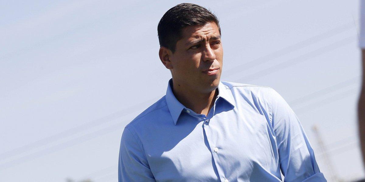 """""""Se le pidió un gesto y no aceptó"""": Los 400 millones que aún mantienen a Córdova en Wanderers"""