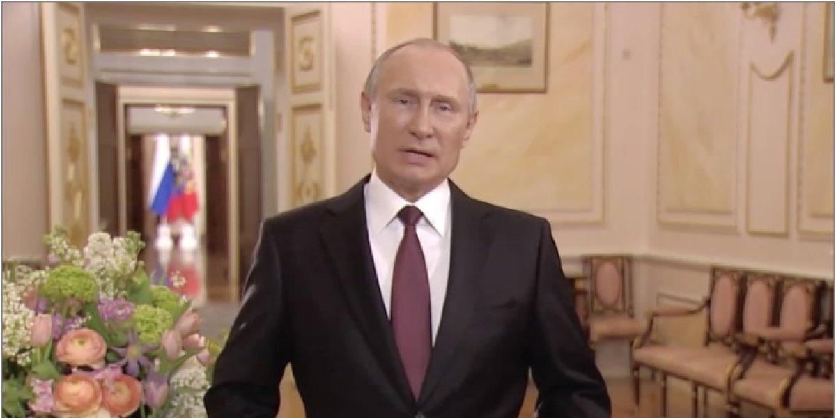 """El desatinado discurso de Putin para """"celebrar"""" el Día Internacional de la Mujer"""