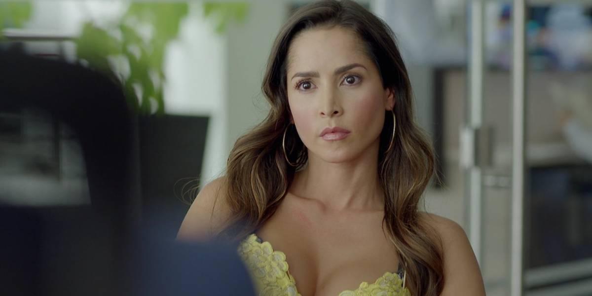 Carmen Villalobos protagonizó candente escena en 'Sin senos sí hay paraíso'