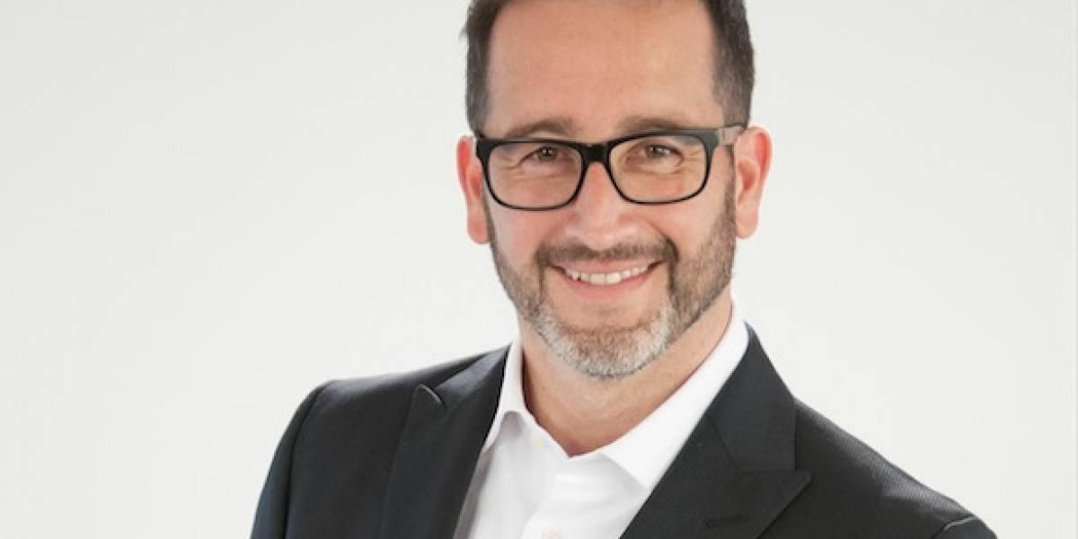"""Se recupera satisfactoriamente: Eduardo Fuentes ya tiene nueva fecha para su debut en """"Mentiras Verdaderas"""" y con entrevista a Nabila Rifo"""