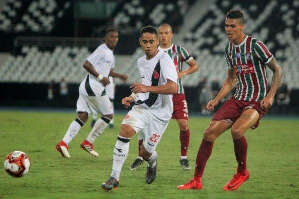 Vasco da Gama no pasó del empate ante el Flu / imagen: Paulo Fernandes/Vasco