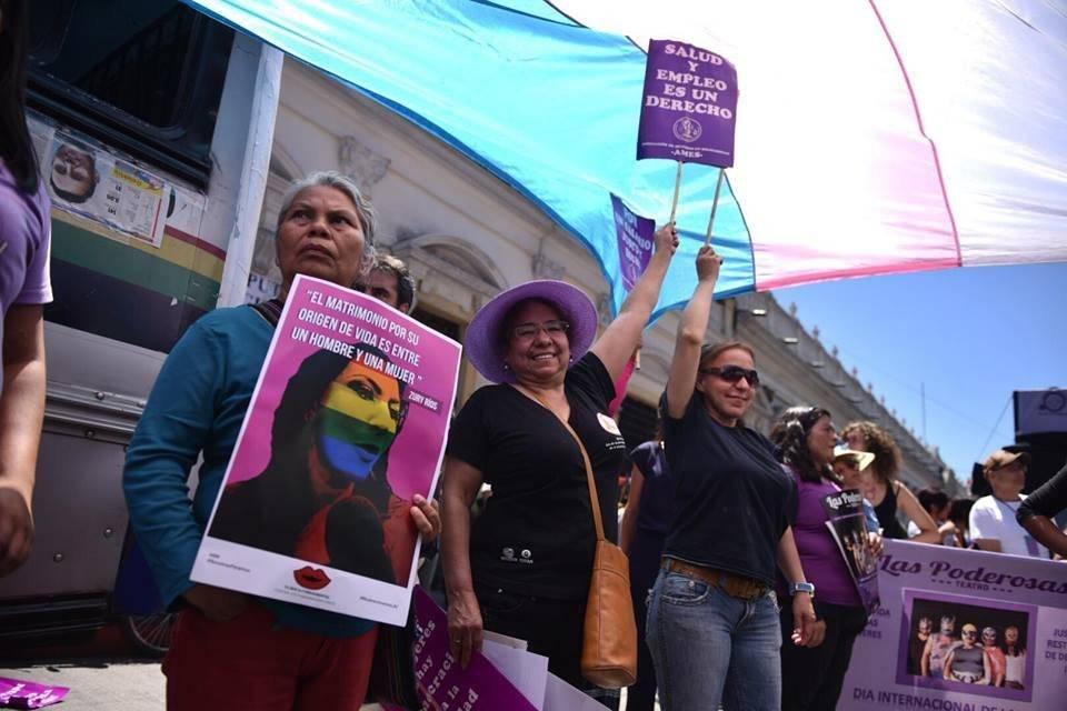 Marcha por el Día de la Mujer - 8 de marzo. Foto: Oliver de Ros