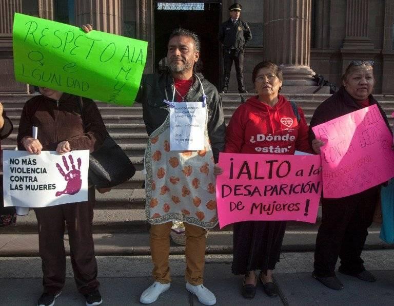 En México exigen igualdad y sorprende participación de hombres en manifestación. Foto: AFP
