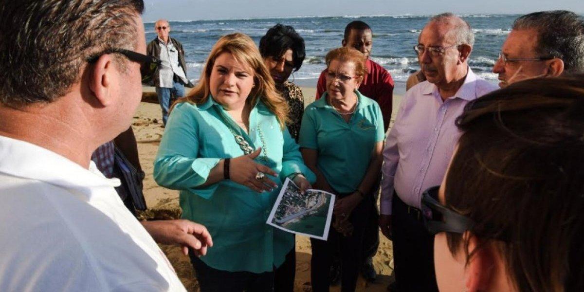 Comisionada Residente atiende graves problemas erosión costera en Loíza