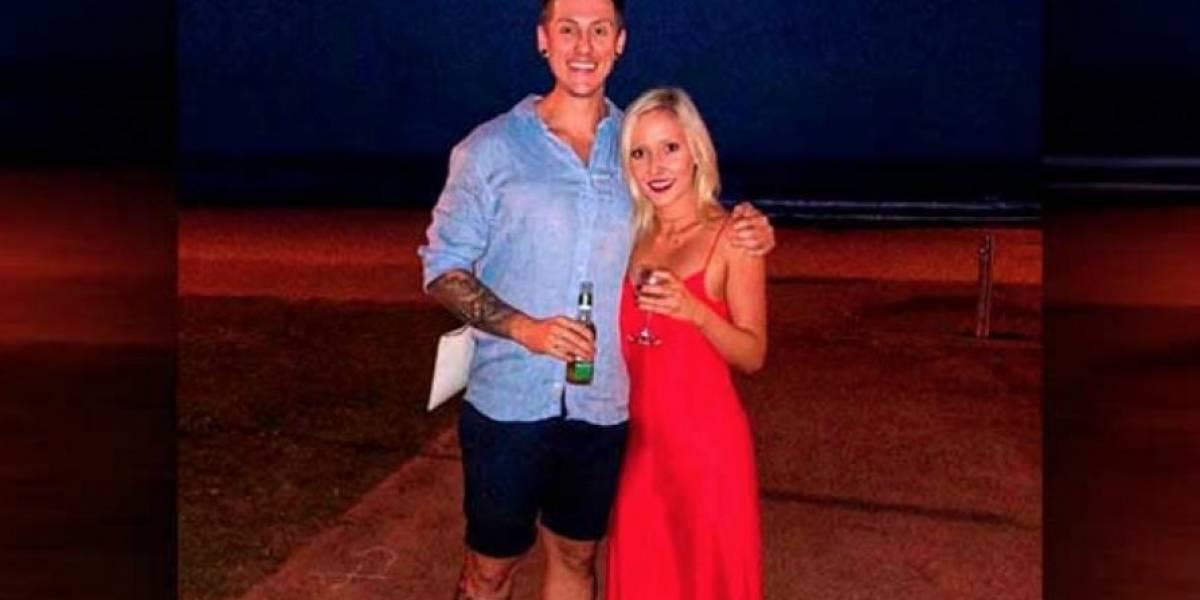 Gracias a foto de dos enamorados se salvó a un hombre