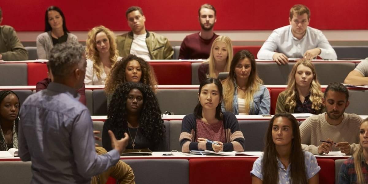Estos cuatro países ofrecen becas para estudiar inglés, además de pagarles a lo estudiantes que ganen