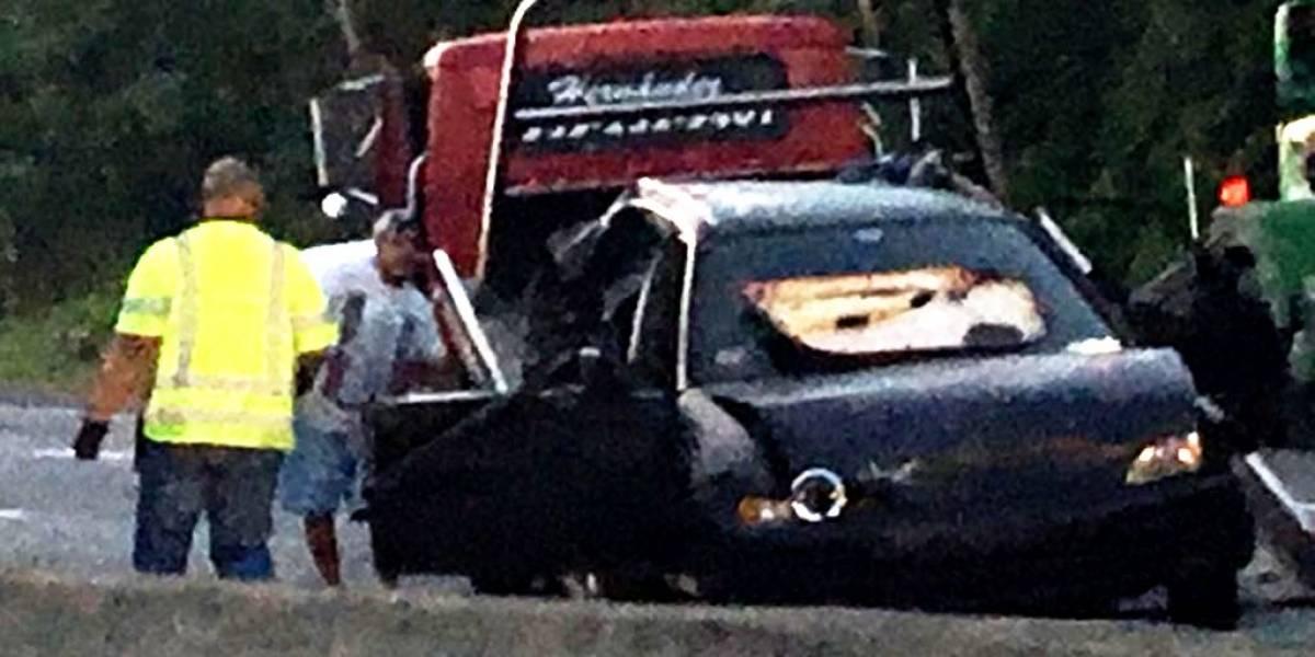 Accidente en Toa Baja deja dos heridas graves