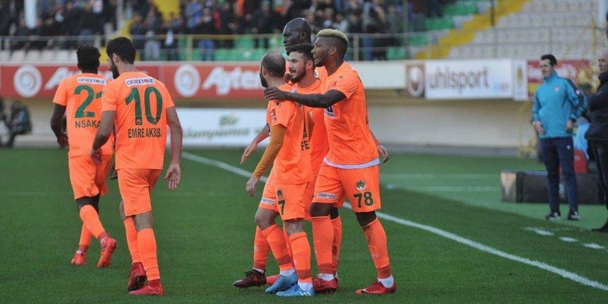 Junior Fernandes extiende su buen registro goleador de la temporada con dos golazos