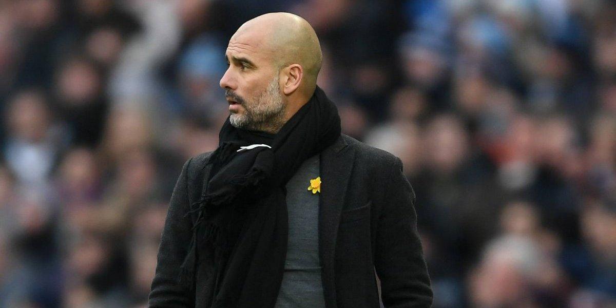 Pep Guardiola recibió una millonaria multa por utilizar un lazo amarillo mientras dirigía al Manchester City
