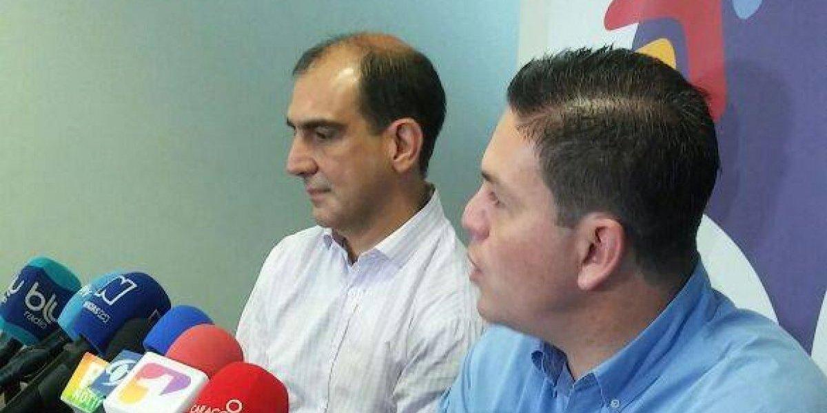 Juan Carlos Pinzón presenta a Jorge Mario Eastman como su fórmula vicepresidencial