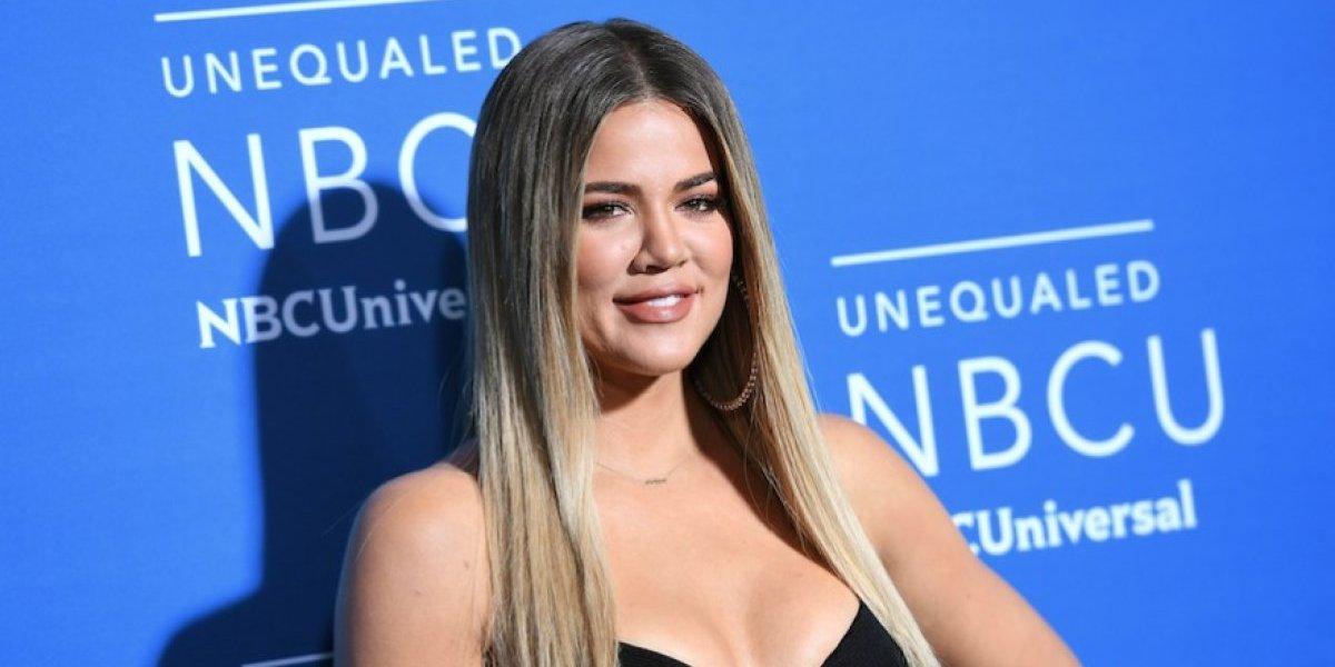 Khloé Kardashian posa en topless en la recta final de su embarazo