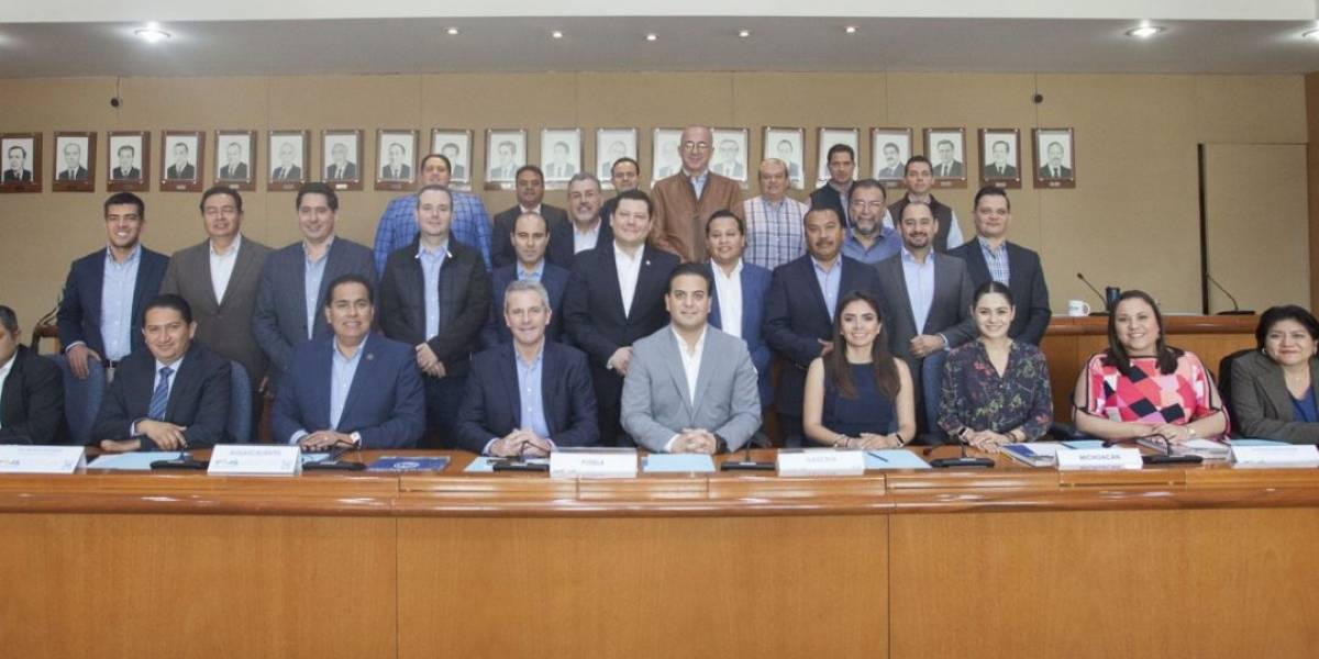 Diputados locales del PAN reprueban uso político de PGR para atacar a oposición