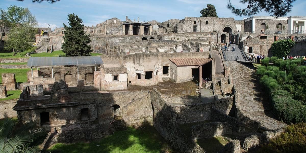 Itália usa drones e lasers para escavações em Pompeia