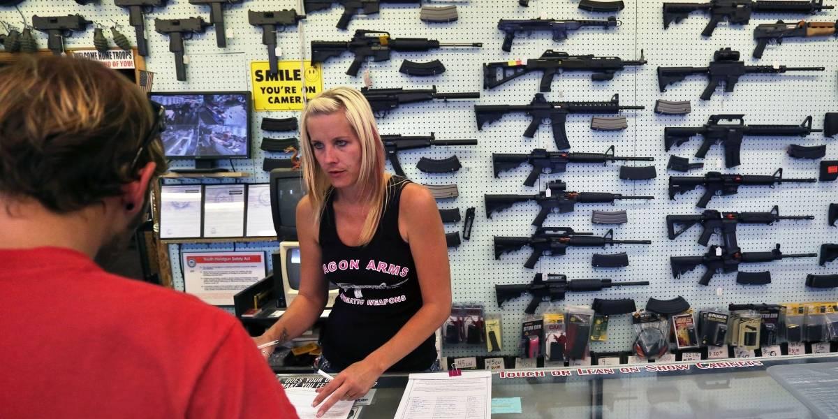 Presenta fallas el sistema de revisión de antecedentes en compras de armas