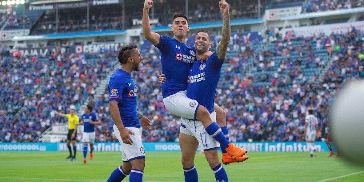 Fiesta y goleada de Cruz Azul en el regreso de 'Chaco' al Estadio Azul