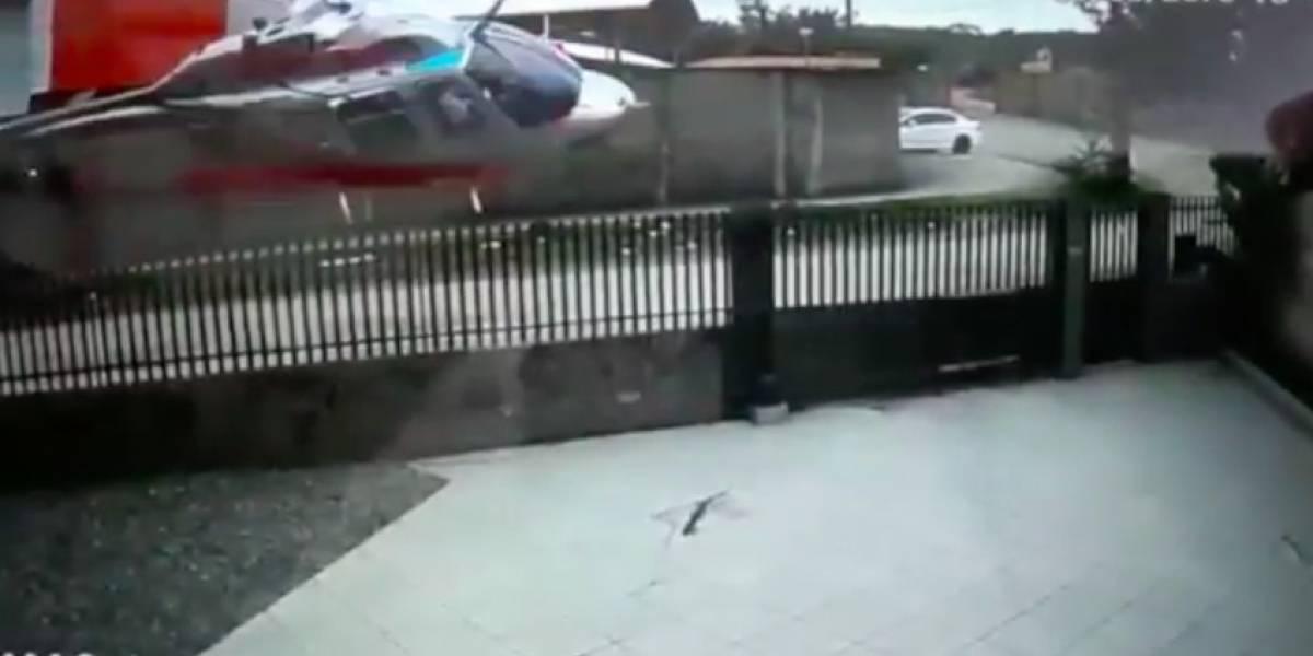 VÍDEO: Câmera registra queda de helicóptero que deixou três mortos