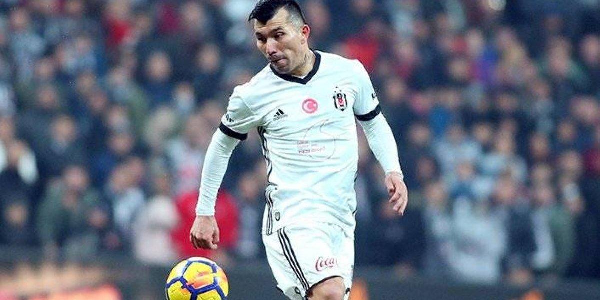 Besiktas de Gary Medel sumó una nueva victoria y alcanzó el liderato de la Superliga de Turquía
