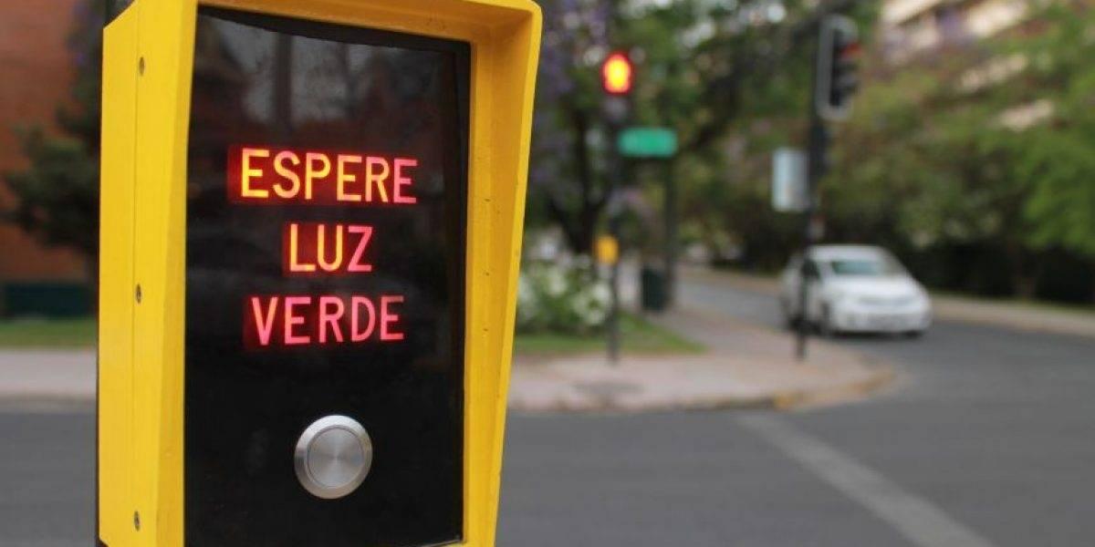 """""""Ahora puedo morir tranquila"""": revelan cómo son por dentro las misteriosas cajitas amarillas de los semáforos y causa revuelo en Facebook"""