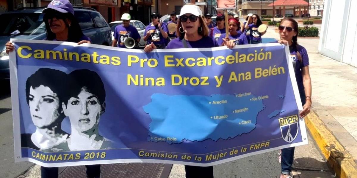 Marchan por la libertad de Ana Belén Montes y Nina Droz