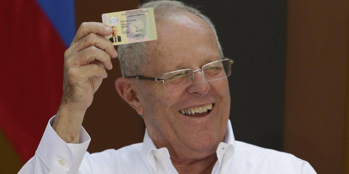 Reiteran pedido a Kuczynski para que deje la presidencia de Perú