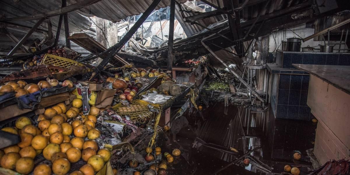 Fotos: La destrucción tras el incendio en el Mercado Hidalgo
