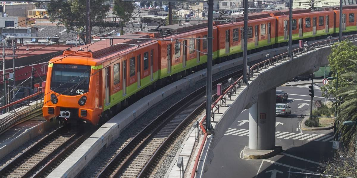 Supervisan reconversión en trenes de la Línea A del Metro