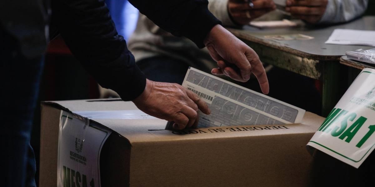 Millones de ciudadanos eligen un nuevo Congreso — Elecciones en Colombia