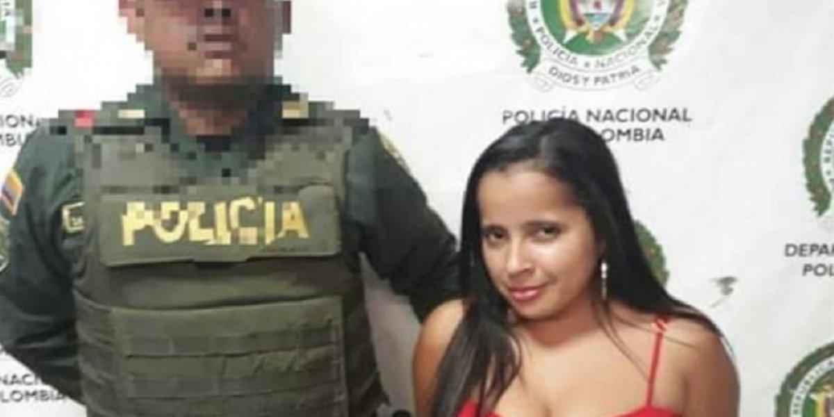 Fue arrestada y en vez de darle vergüenza, se puso de coqueta