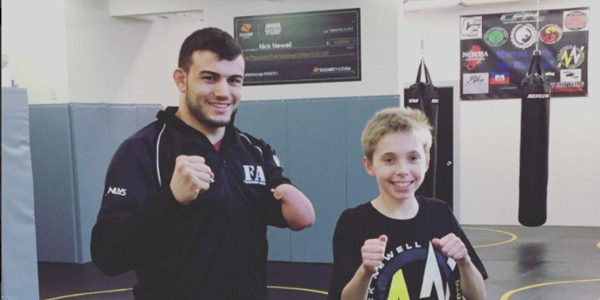 Luchador manco regresó con victoria a la MMA