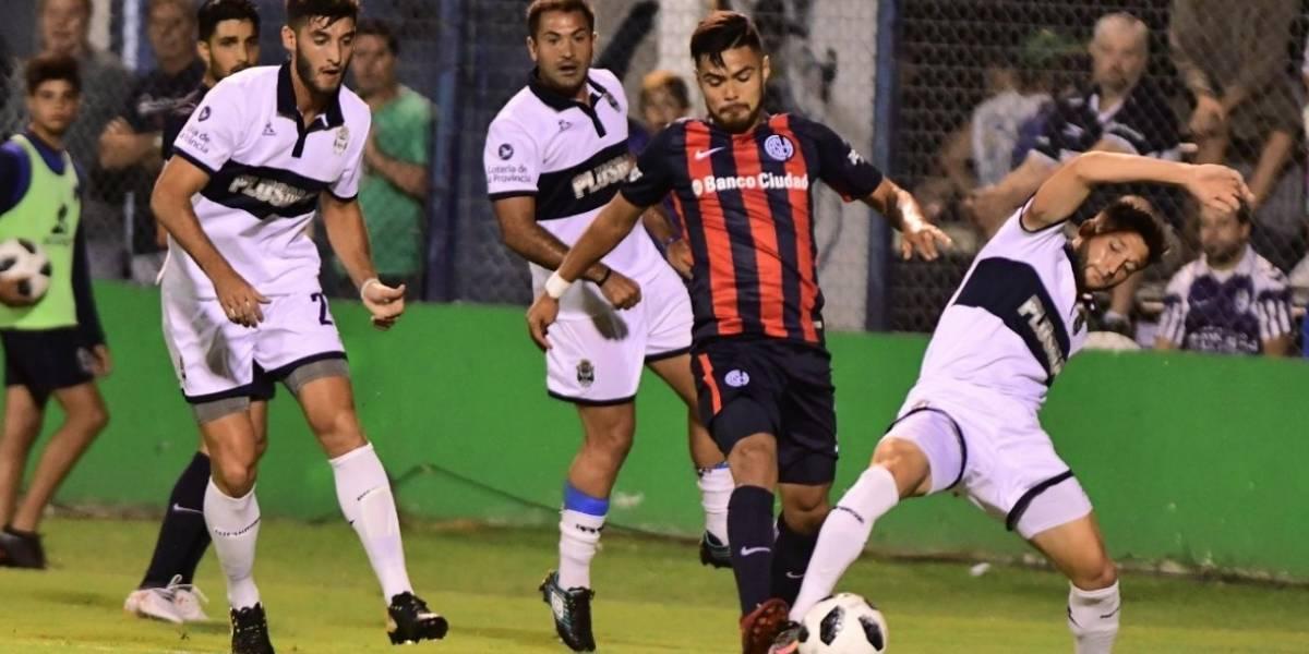 Paulo Díaz fue titular en el complejo empate de San Lorenzo con Huracán en Argentina