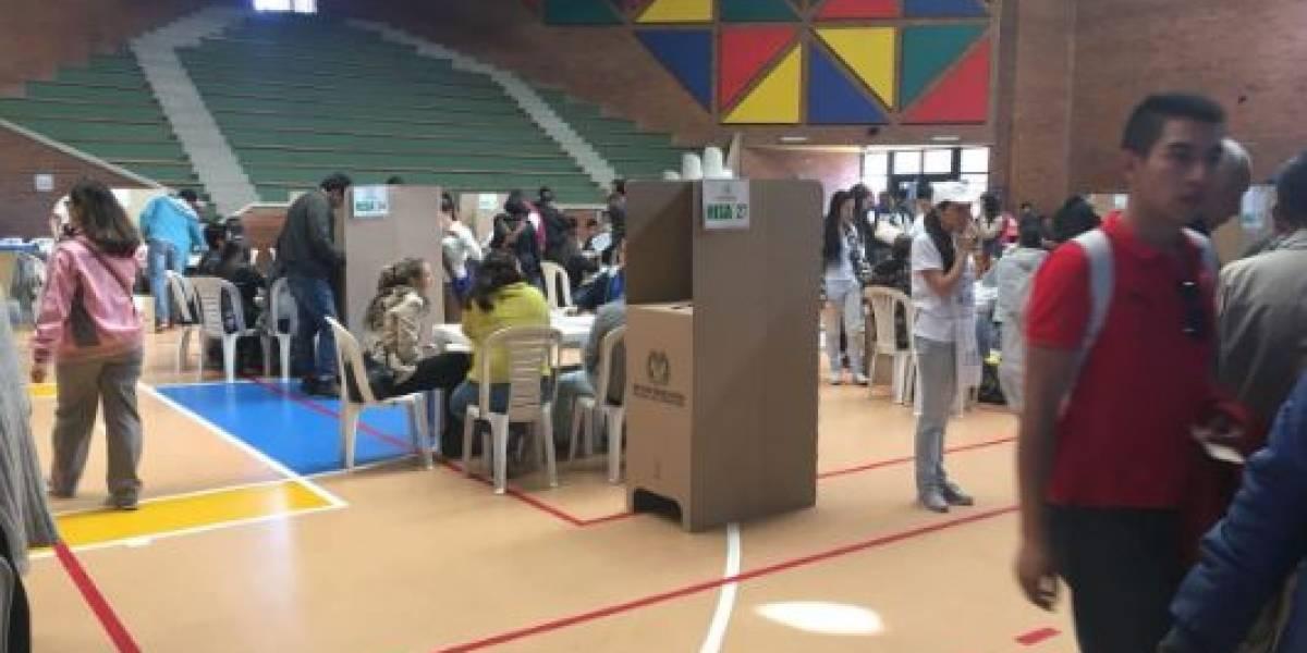 Votaciones abiertas para elecciones Cámara y Senado