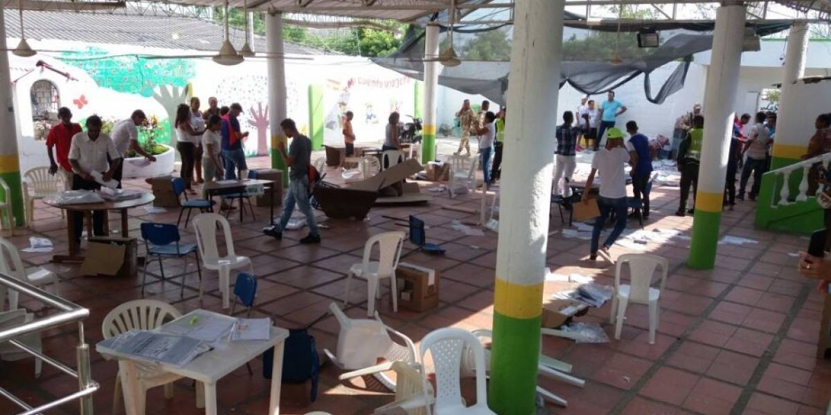 Destruyeron puesto de votación por enfrentamiento entre la comunidad y el ejército