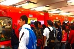 Sexazcar graba sus videos principalmente en el Metro de la CDMX.