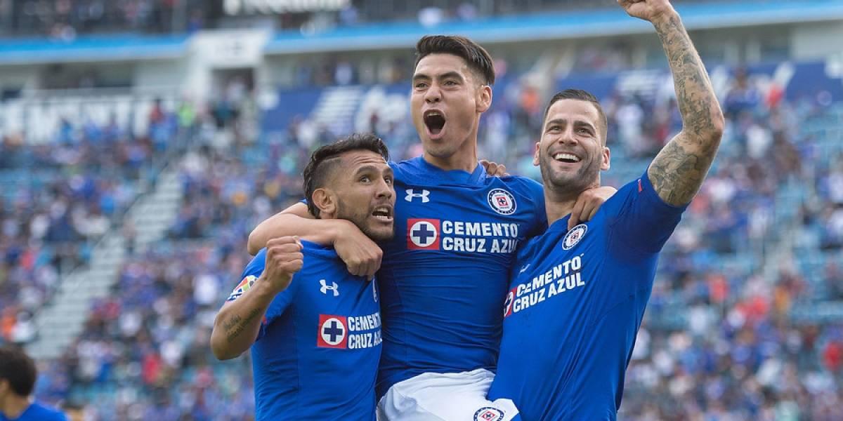 Cruz Azul salió de perdedores en la liga mexicana de la mano de Felipe Mora