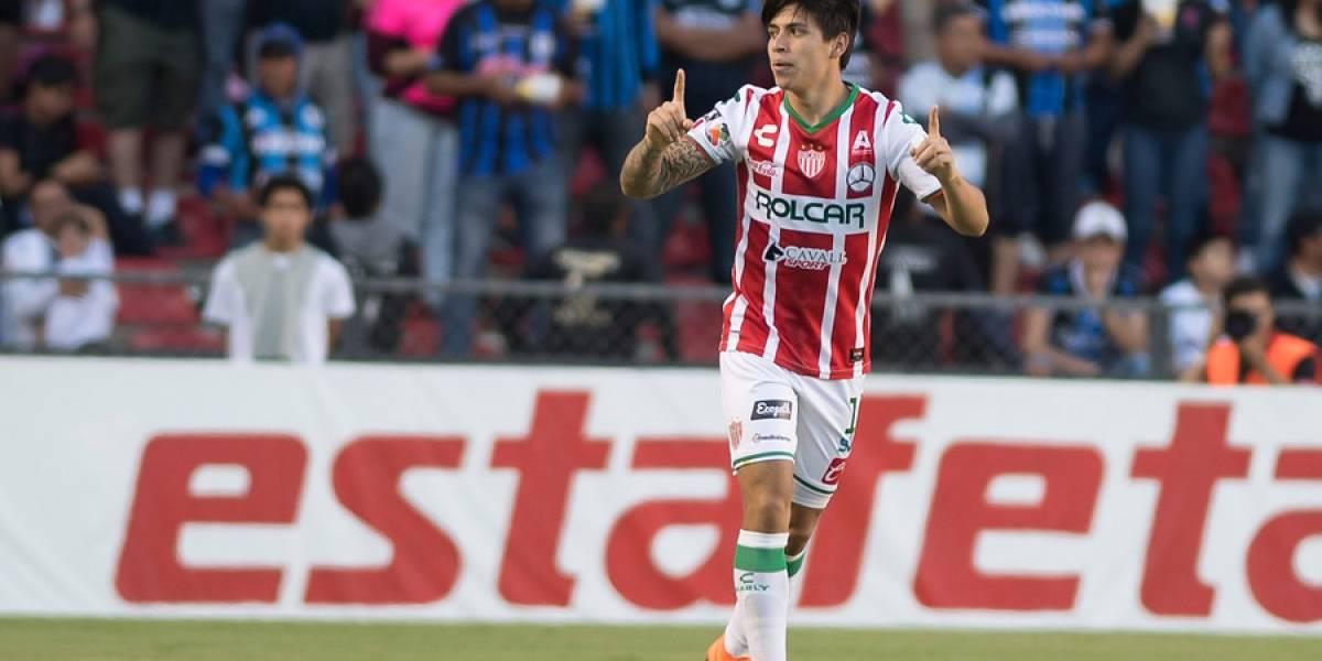 Víctor Dávila marcó desde fuera del área y fue la gran figura en empate de Necaxa