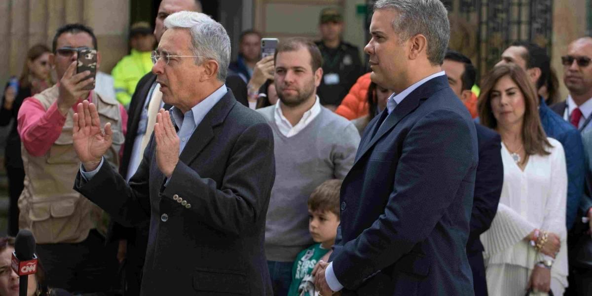 ¡No! El descache de Álvaro Uribe sobre Iván Duque por el que es muy criticado