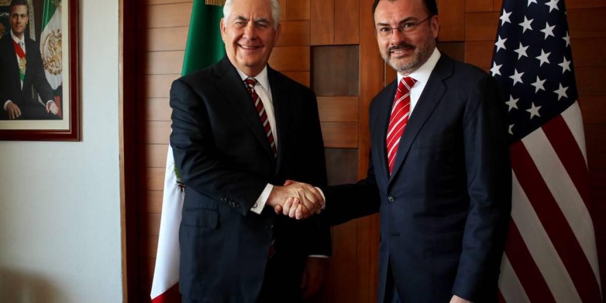 Peña Nieto reiteró en llamada a Trump que México no pagará por el muro: Videgaray