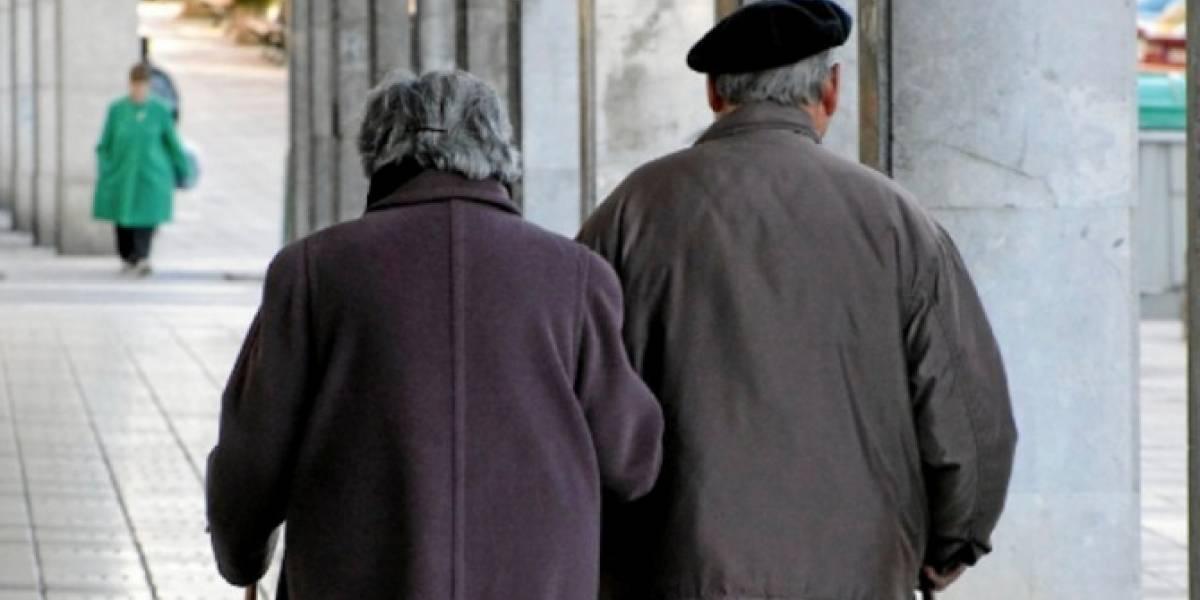 Ministerio de Trabajo alerta por estafas en programa del adulto mayor