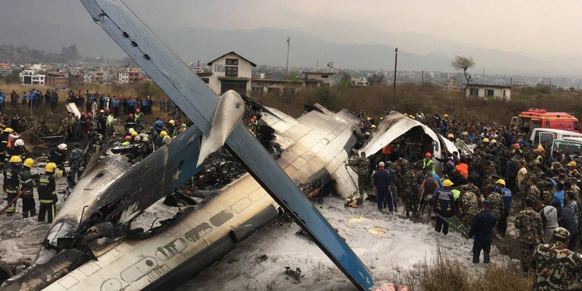 Se estrella avión en Nepal