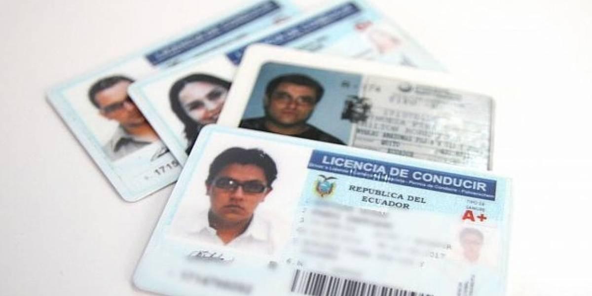 Estas son las sanciones por conducir con licencia caducada