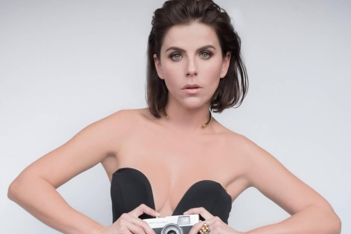 Fernanda Reto Nude Photos 33