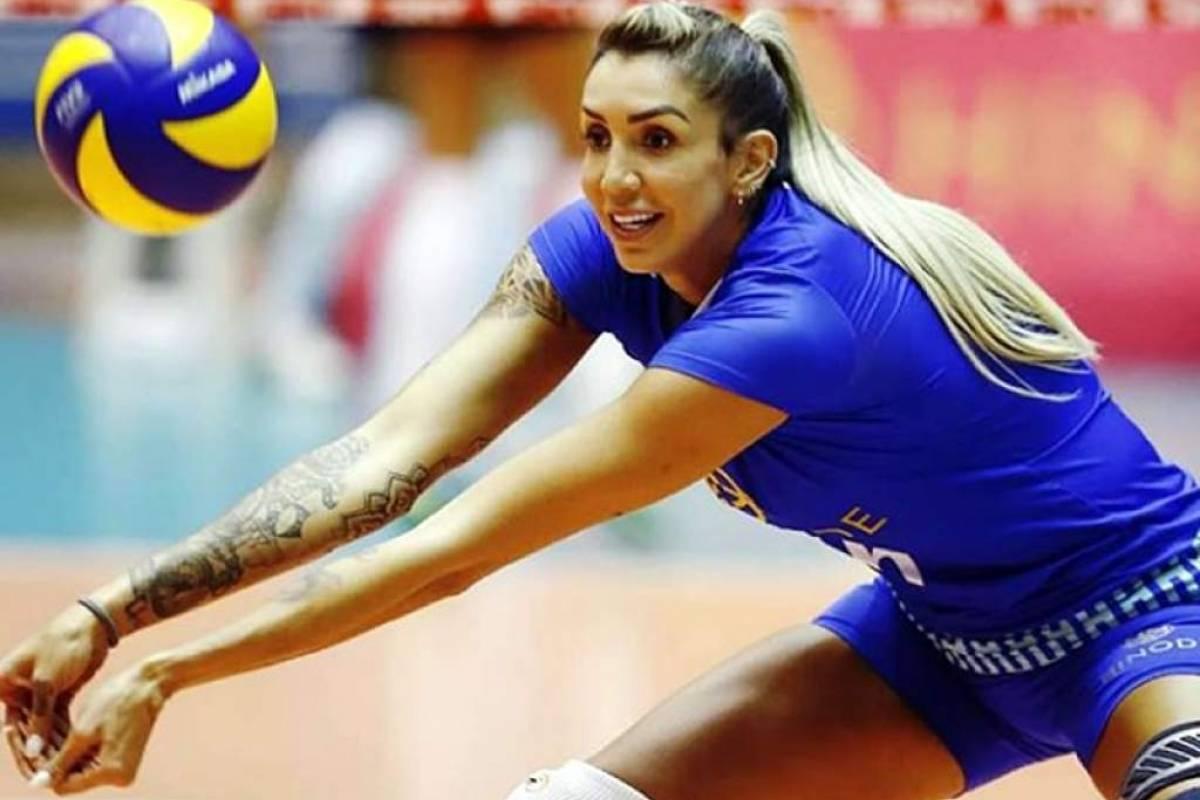 Thaísa foi campeã com a equipe de Osasco no Campeonato Mundial de vôlei feminino de 2012 e bronze na Copa do Mundo na Itália de 2014 Divulgação