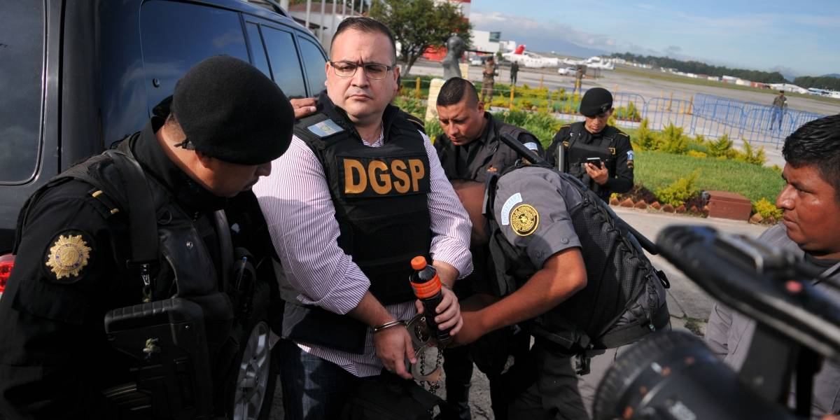 """Grupo de policías """"Los Fieles"""" facturaron más de 8 mdp a Javier Duarte"""