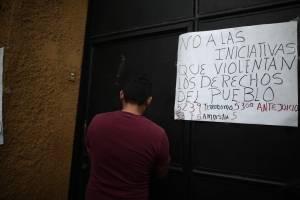 manifestantescongresoencadenado3-beaaa04b8d5679703e48d7ac661d3802.jpg