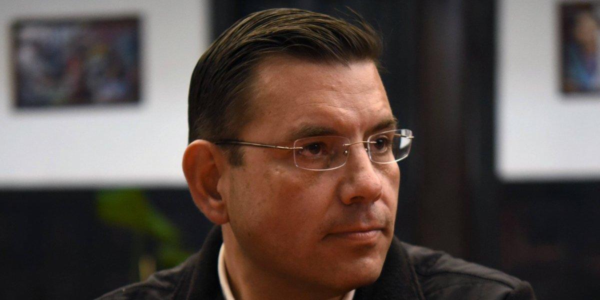 """Baldizón ofrece una """"disculpa"""", pero sigue sin definir su futuro"""