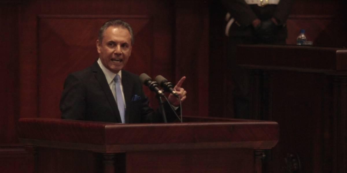 Así se defendió Carlos Ochoa en juicio político