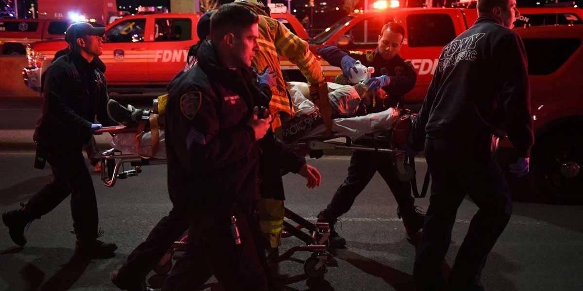 Queda de helicóptero deixa 5 mortos em Nova York