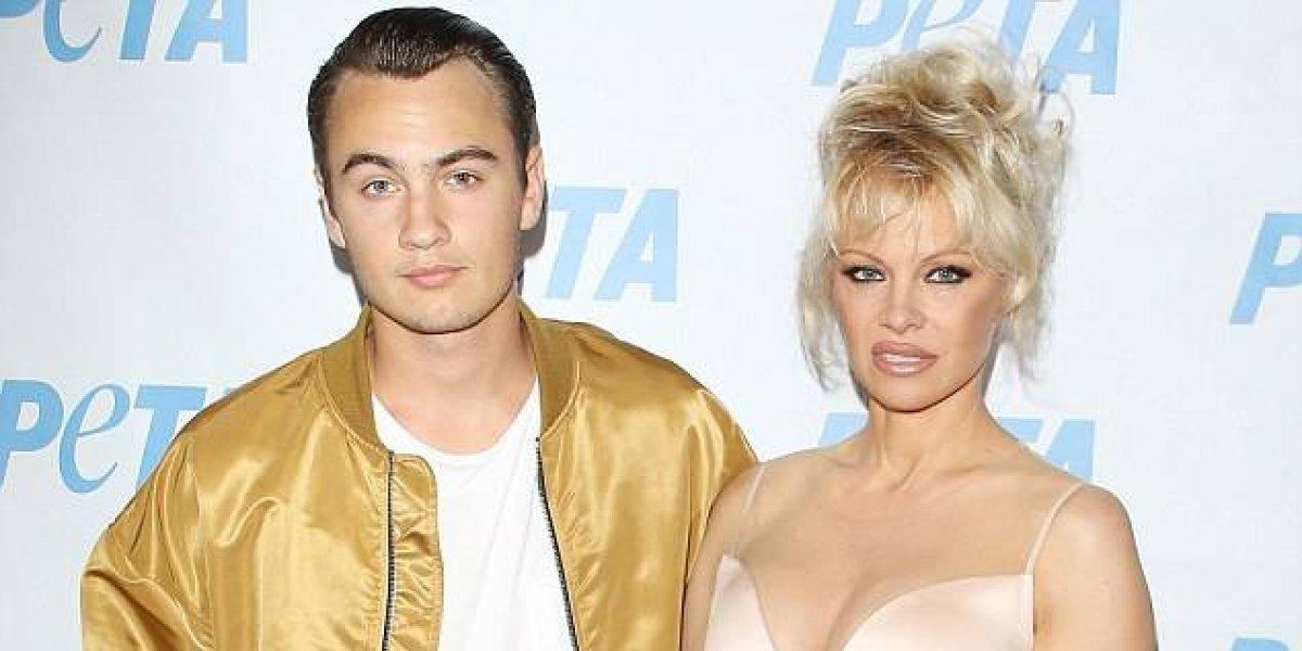 Hijo Pamela Anderson golpeó brutalmente a Tommy Lee dejándolo inconsciente