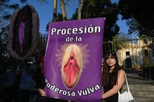 Procesión poderosa vulva